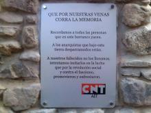 Placa conmemorativa CNT